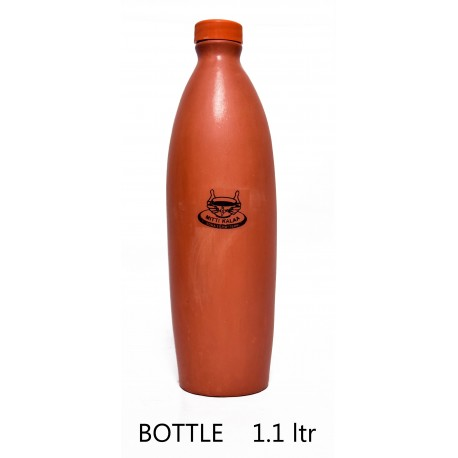 Mittikalaa Water bottle made of clay